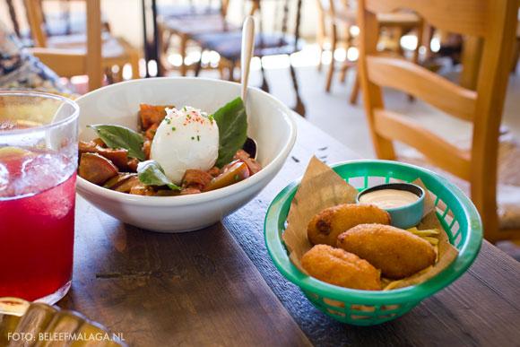 Pez Tomillo – tapas en salades met twist
