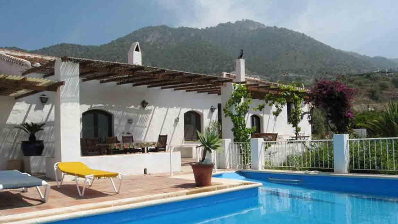 Vakantiehuis bij frigiliana cortijo los almendros - Kenay home malaga ...