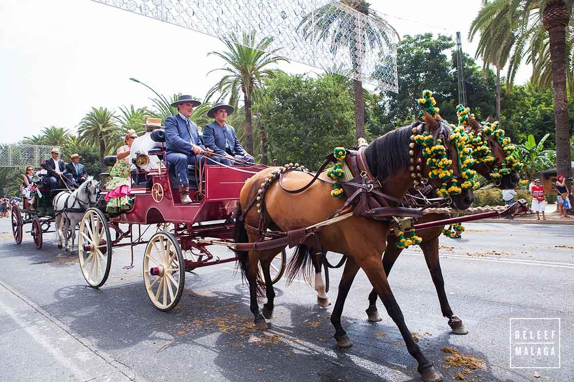 Feria optocht paarden koetsen
