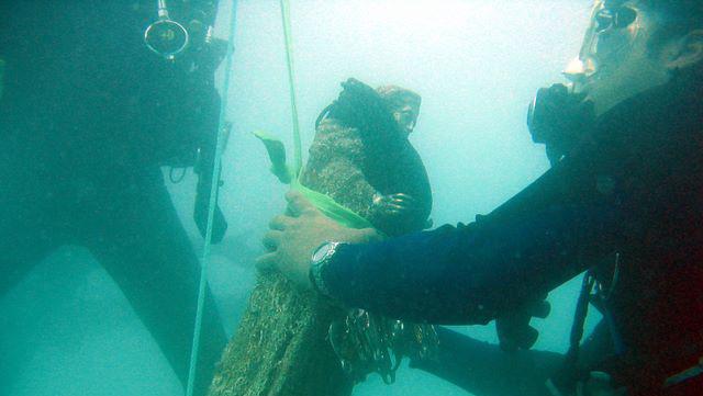 Virgen del Carmen onder water